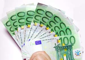 Zinsgünstige Angebote mit einem Onlinekredit bei Dr. Klein erhalten